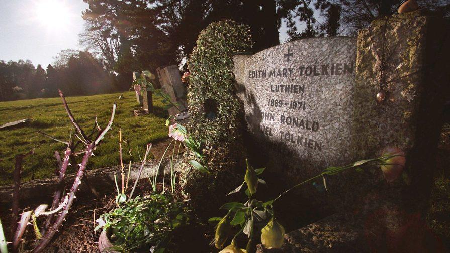 grave-luthien